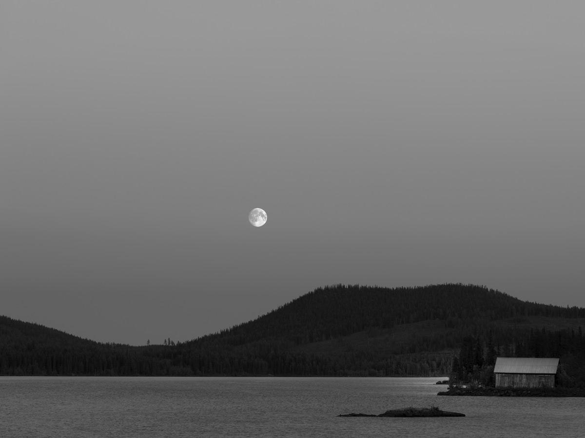 Mond-ueber-See