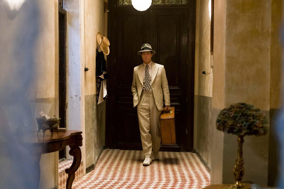 chris-raphael-sony-alpha-7RII-brad-pitt-dressed-in-1920s-outfit